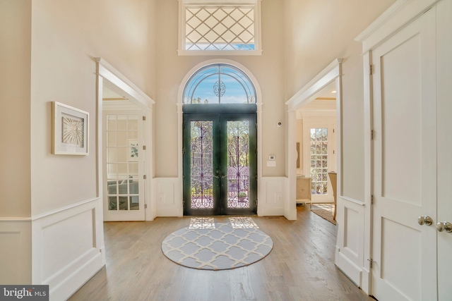 7 Bedrooms, McLean Rental in Washington, DC for $10,500 - Photo 2