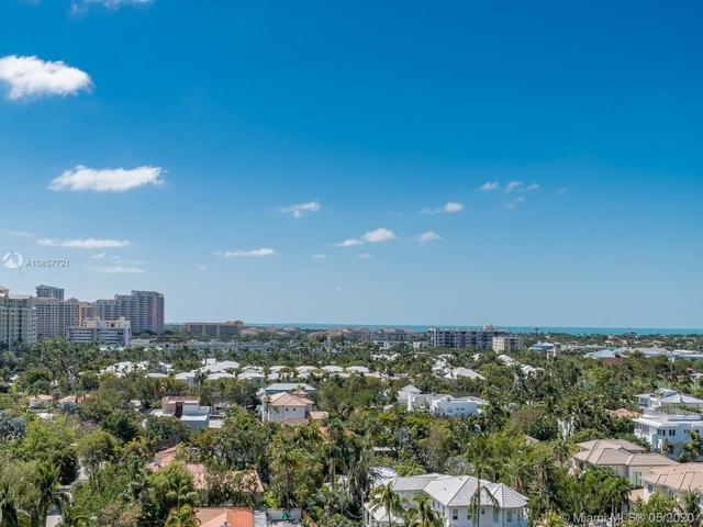 2 Bedrooms, Village of Key Biscayne Rental in Miami, FL for $5,100 - Photo 1