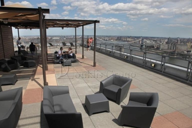 1 Bedroom, Financial District Rental in NYC for $4,062 - Photo 2