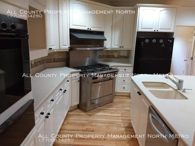 3 Bedrooms, DeKalb Rental in Atlanta, GA for $3,500 - Photo 2