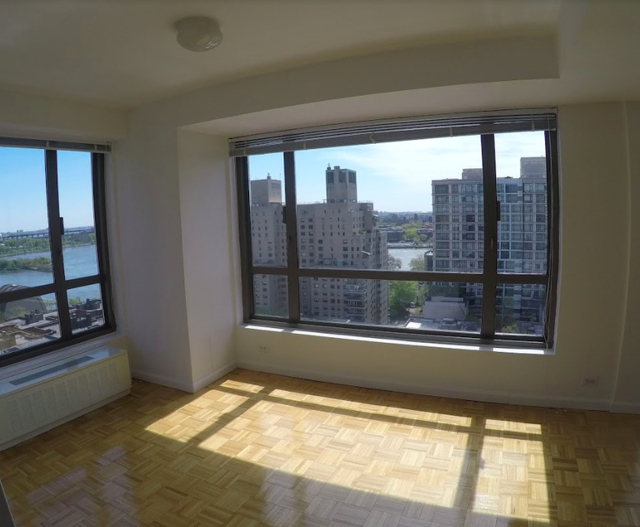 4 Bedrooms, Yorkville Rental in NYC for $8,995 - Photo 2
