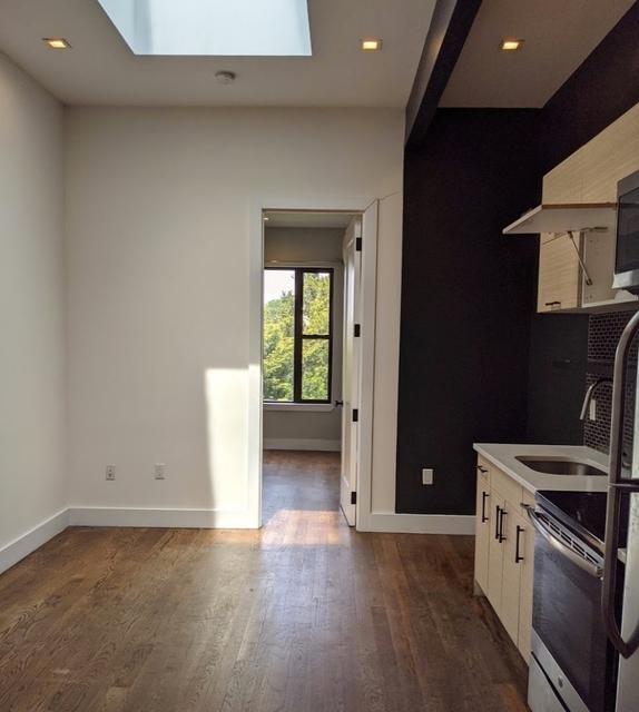 3 Bedrooms, Ridgewood Rental in NYC for $2,650 - Photo 2