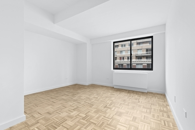 1 Bedroom, Yorkville Rental in NYC for $3,729 - Photo 1
