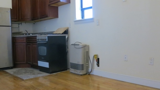 3 Bedrooms, East Williamsburg Rental in NYC for $2,600 - Photo 1
