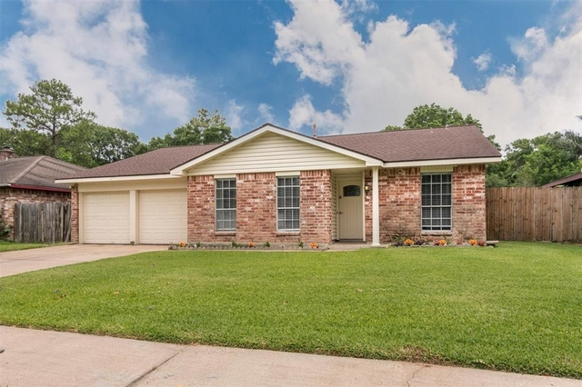 3 Bedrooms, Camino South Rental in Houston for $1,695 - Photo 1