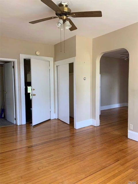 2 Bedrooms, Lynbrook Rental in Long Island, NY for $1,950 - Photo 2