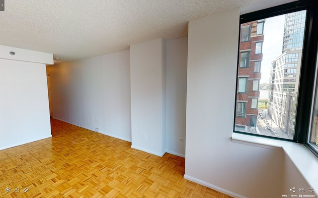 Studio, Lincoln Square Rental in NYC for $2,595 - Photo 2