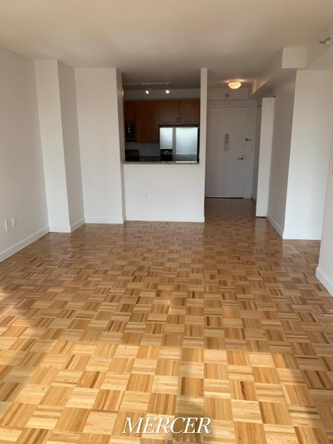 1 Bedroom, Hell's Kitchen Rental in NYC for $3,041 - Photo 1
