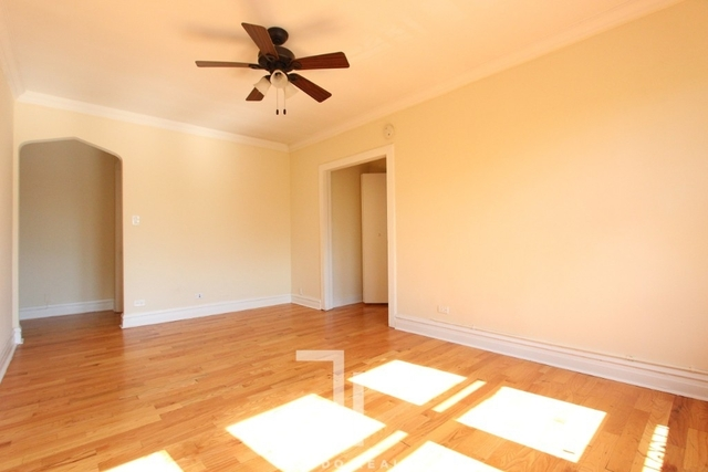 1 Bedroom, Ravenswood Rental in Chicago, IL for $1,395 - Photo 2