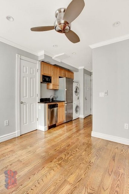 3 Bedrooms, Hell's Kitchen Rental in NYC for $5,395 - Photo 1