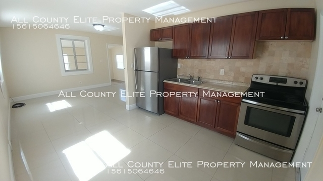 2 Bedrooms, Riviera Beach Heights Rental in Miami, FL for $1,225 - Photo 1