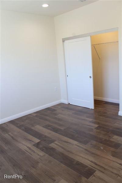 3 Bedrooms, Van Nuys Rental in Los Angeles, CA for $3,275 - Photo 2