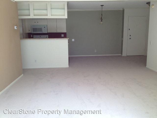2 Bedrooms, Encino Rental in Los Angeles, CA for $2,300 - Photo 1