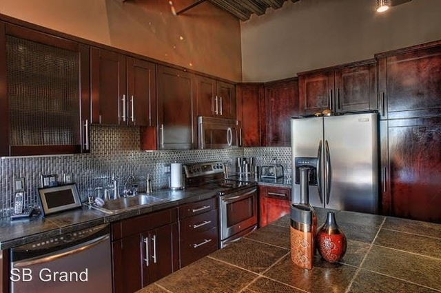2 Bedrooms, Jewelry District Rental in Los Angeles, CA for $7,490 - Photo 2