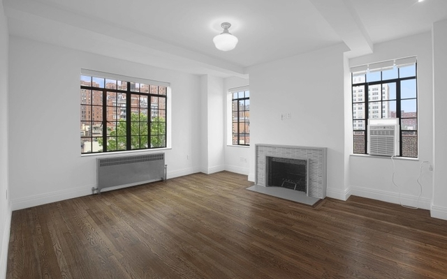 3 Bedrooms, Chelsea Rental in NYC for $8,695 - Photo 1