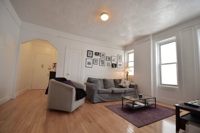 2 Bedrooms, Chelsea Rental in NYC for $3,850 - Photo 1