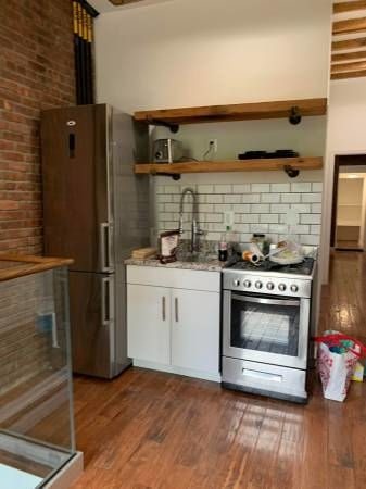 2 Bedrooms, Two Bridges Rental in NYC for $3,200 - Photo 2