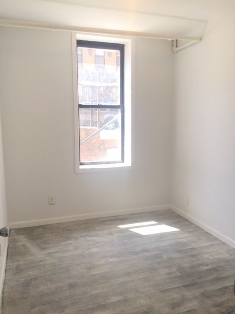 2 Bedrooms, Sunset Park Rental in NYC for $2,199 - Photo 2