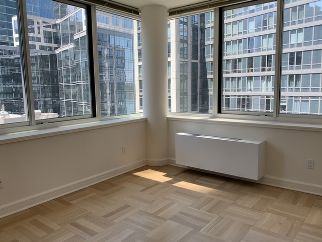 2 Bedrooms, Lincoln Square Rental in NYC for $5,790 - Photo 1