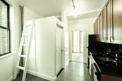 2 Bedrooms, Alphabet City Rental in NYC for $2,690 - Photo 1