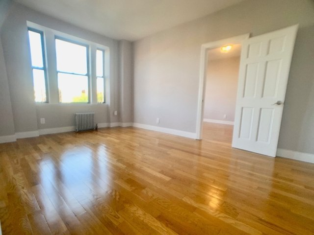 2 Bedrooms, Hamilton Heights Rental in NYC for $2,550 - Photo 2