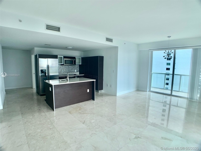 2 Bedrooms, Media and Entertainment District Rental in Miami, FL for $2,450 - Photo 2