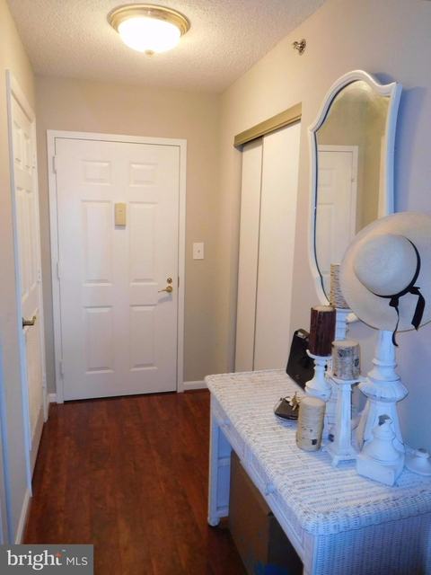2 Bedrooms, Carlyle Towers Condominiums Rental in Washington, DC for $2,700 - Photo 2