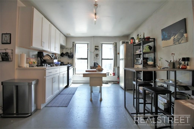 Studio, Williamsburg Rental in NYC for $2,300 - Photo 2