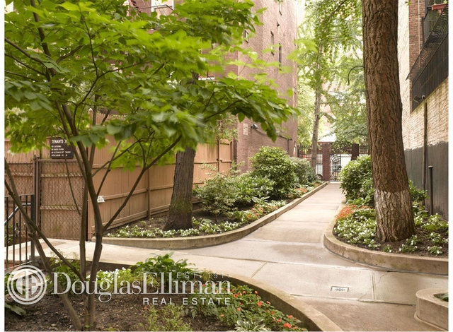 3 Bedrooms, Chelsea Rental in NYC for $6,412 - Photo 1
