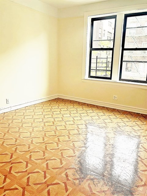 1 Bedroom, Inwood Rental in NYC for $1,695 - Photo 2