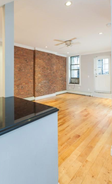 2 Bedrooms, Alphabet City Rental in NYC for $4,065 - Photo 2