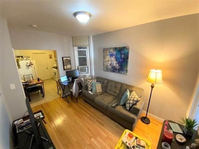 2 Bedrooms, Astoria Rental in NYC for $2,050 - Photo 1