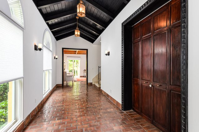 3 Bedrooms, Ocean Park Rental in Miami, FL for $20,000 - Photo 2