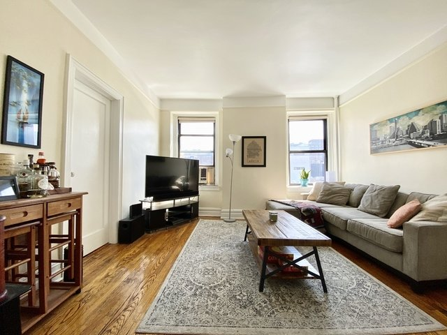 2 Bedrooms, Chelsea Rental in NYC for $4,250 - Photo 1