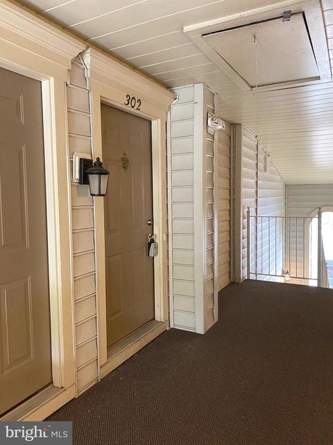 2 Bedrooms, Kingsgate Condominiums Rental in Washington, DC for $2,450 - Photo 2