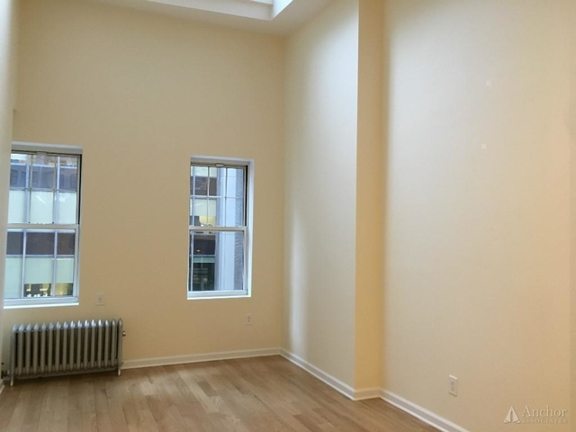 3 Bedrooms, Midtown East Rental in NYC for $5,300 - Photo 2