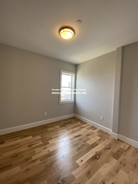 2 Bedrooms, Central Maverick Square - Paris Street Rental in Boston, MA for $2,500 - Photo 2
