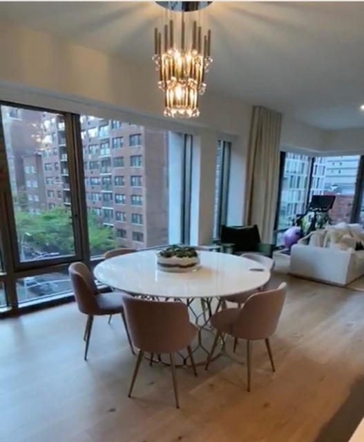2 Bedrooms, Gramercy Park Rental in NYC for $10,500 - Photo 1