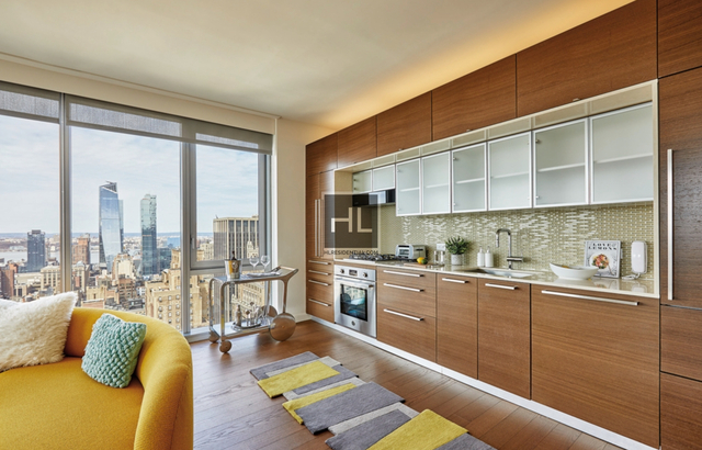 2 Bedrooms, Chelsea Rental in NYC for $6,010 - Photo 2