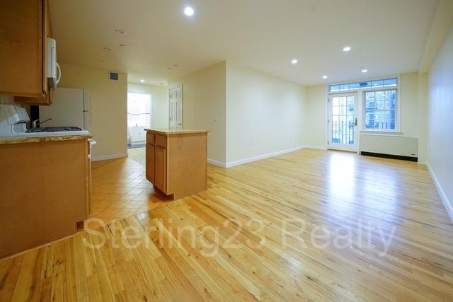 2 Bedrooms, Astoria Rental in NYC for $2,800 - Photo 1