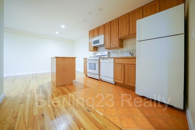 2 Bedrooms, Astoria Rental in NYC for $2,775 - Photo 1