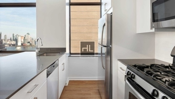 2 Bedrooms, Murray Hill Rental in NYC for $5,953 - Photo 2
