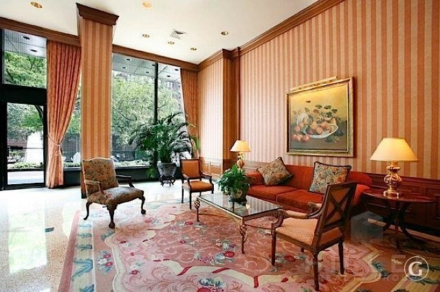 3 Bedrooms, Yorkville Rental in NYC for $6,295 - Photo 2