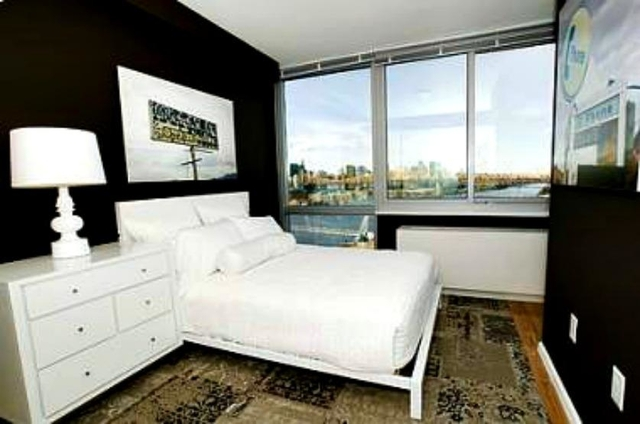 1 Bedroom, Hunters Point Rental in NYC for $2,600 - Photo 2