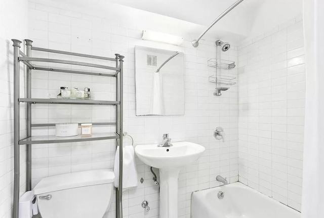 Room, Chelsea Rental in NYC for $1,800 - Photo 1