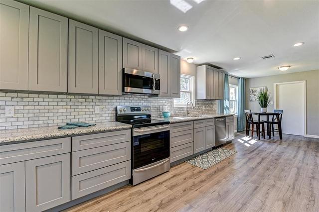 3 Bedrooms, Royal Oaks Rental in Houston for $2,700 - Photo 1