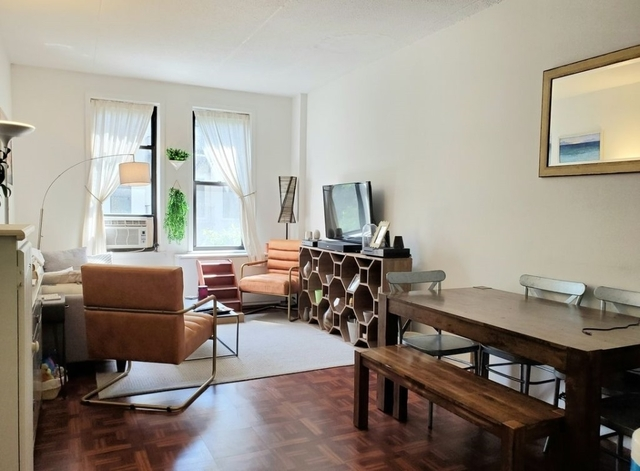 2 Bedrooms, Chelsea Rental in NYC for $3,375 - Photo 1