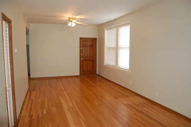 2 Bedrooms, Edgewater Rental in Chicago, IL for $1,650 - Photo 2
