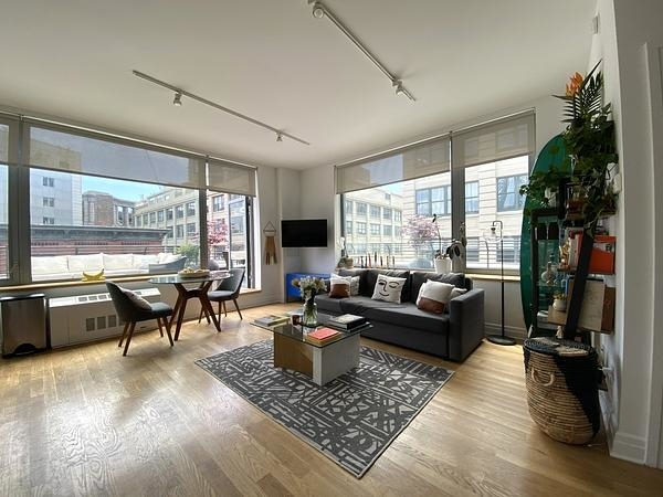 1 Bedroom, DUMBO Rental in NYC for $4,695 - Photo 1