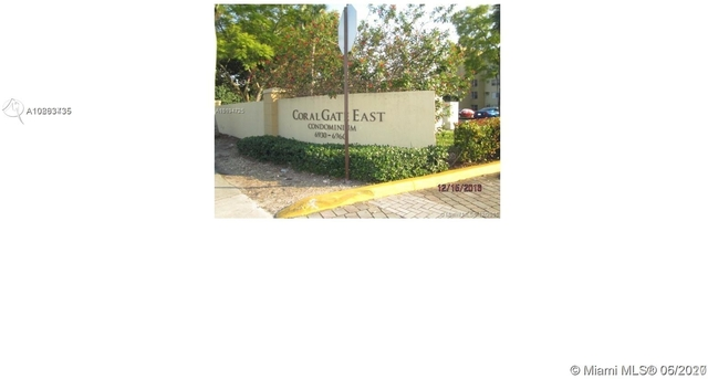 2 Bedrooms, Golf Course Towers Rental in Miami, FL for $1,400 - Photo 2